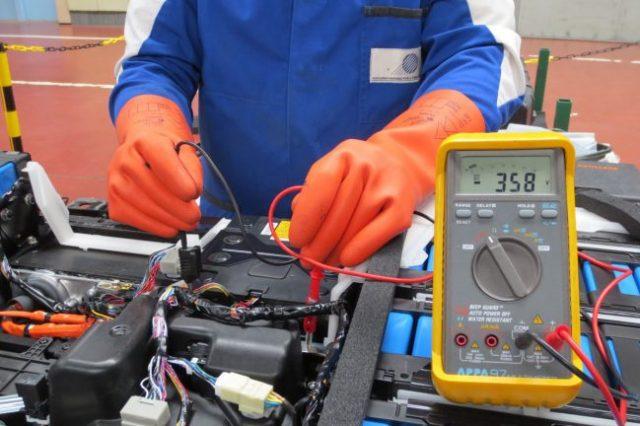Problème de câblage électrique sur le lieu de travail, les dangers potentiels à savoir