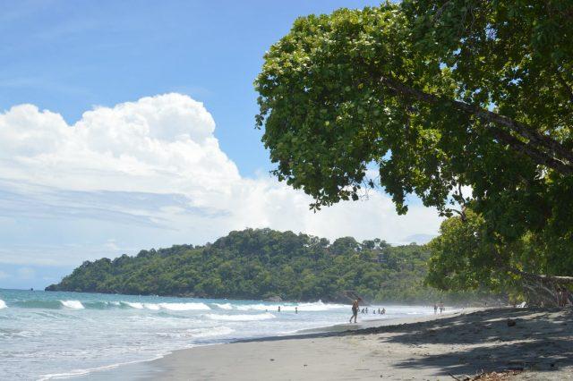 Solliciter l'aide d'un guide local lors d'un circuit au Costa Rica