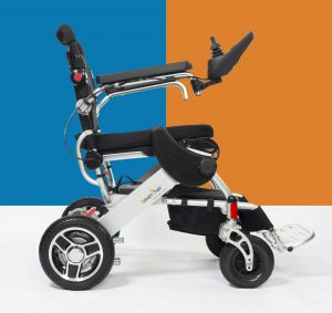 Du fauteuil roulant manuel au fauteuil roulant électrique